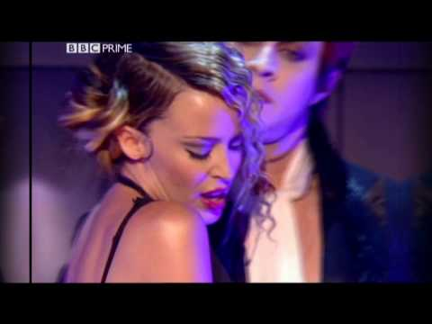 Kylie Minogue - Come Into My World (Live FischerSpooner Mix Top Of The Pops 22-11-2002)