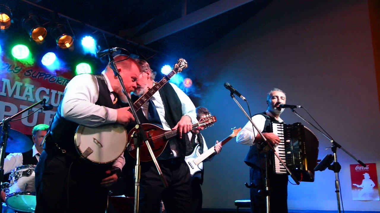 murphy's pigs Irish folk band playing danny boy come home ...