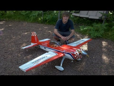 Patty Wagstaff Extra 300 RC Plane Maiden flight 2.10 Moki (Son Flying) 2012