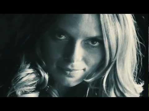 Vidéo Bleu de Chanel- Canal +-  voix-off Stephan Kalb