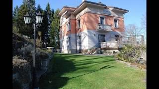 видео «Двойной дом» в Италии