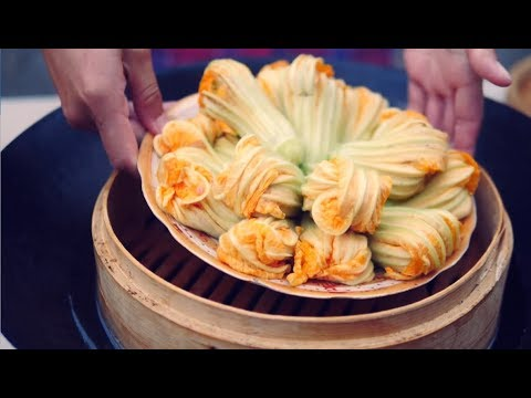 Chinese Girls Make Beautiful And Delicious Food With Flowers