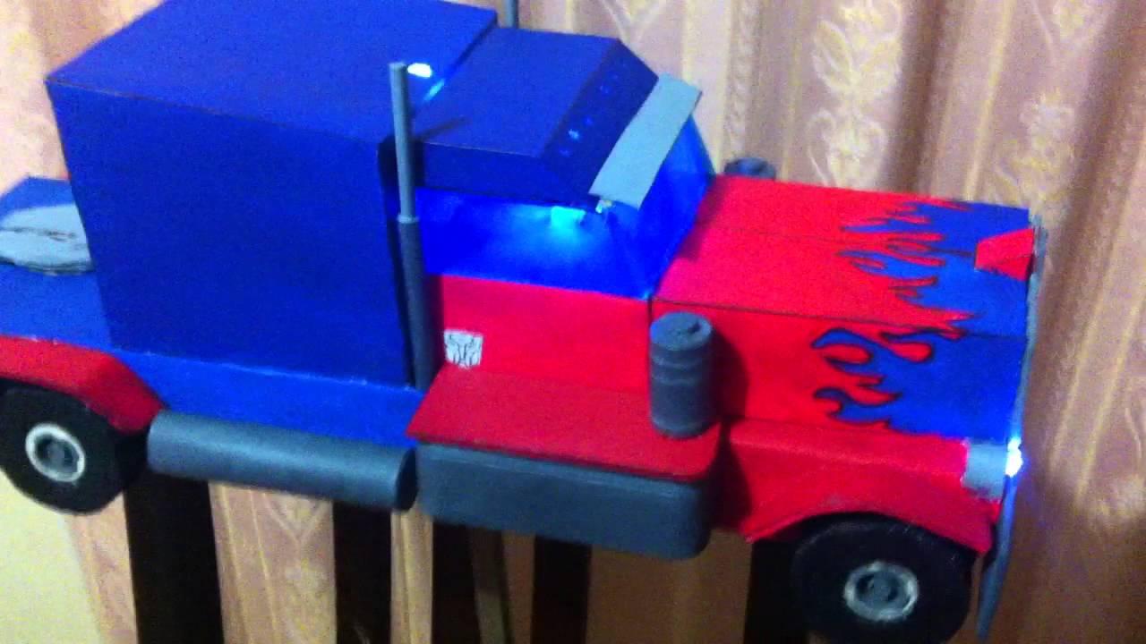 Farol Optimus Prime.