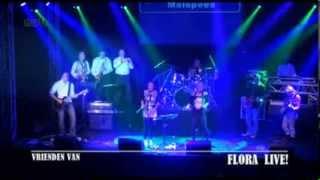 Play Demasiado Corazo?n (live)