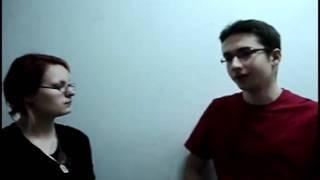 Student anglistyki o nauce języka hiszpańskiego
