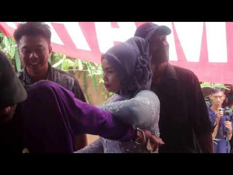 Jalir Jangji - Sari Rahayu Live In Citepok Paseh Sumedang.