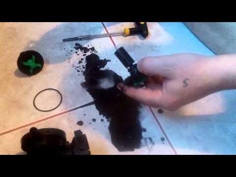 стиральная машина ставит грязные пятна