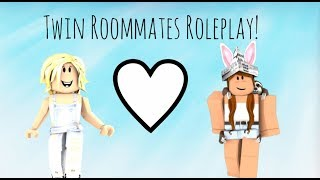 Twin Roommates Roleplay! (ROBLOX Bloxburg) w/ Omigosh