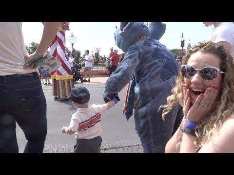 Walt Disney World Vacation May 2018: Day 2 - Magic Kingdom (Episode 227)