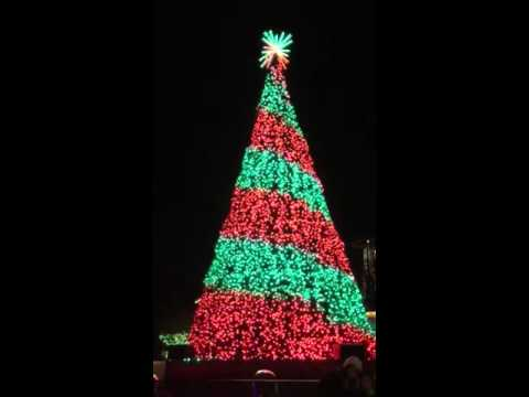 Holiday in the park Six flags NJ - YouTube