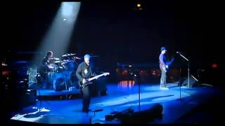U2 Lift Praises to God at a Concert   Yahweh and a Psalm 40 Song!