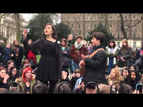 dodie and andie - she - live @ russel square 20.02.16