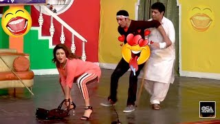 KHUSHBOO TAYAR EH - ZAFRI KHAN - Best Comedy Scenes in Stage Drama😂