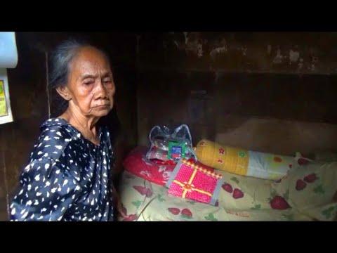Nenek Laminten Puluhan Tahun Tinggal di Bekas Toilet Mp3