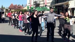 Sirtaki / Zorba's dance flashmob (Târgovişte, România - 2017)