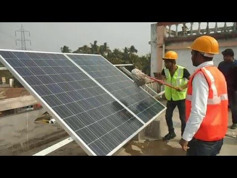 PV Solar Training at Institute of Solar Technology - http://