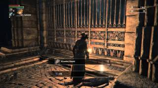 Bloodborne - Cathedral Ward: Grave Keepers Combat, Wooden Shield Location (by Large Gate) Ps4