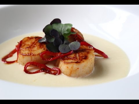 Seared Scallops on Fresh Corn Cream – Easy Summer Scallop Recipe