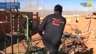 Самодельный вертолет(Парни из Боливии собрали вертолет из обрезков со свалки Новый проект автора - http://money-hacker.ru/, 2011-09-07T20:30:27.000Z)