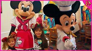 Laurinha na Rotina da Manhã na Disney com o Mickey e Minnie