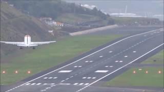 Atterrissage très difficile en pleine tempête à Madeira Airport