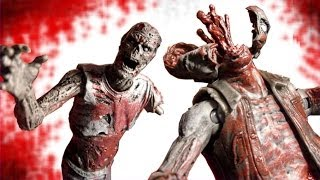 The Walking Dead Bloody Black and White Zombie Lurker and Zombie Roamer 2 pack Action Figure Review