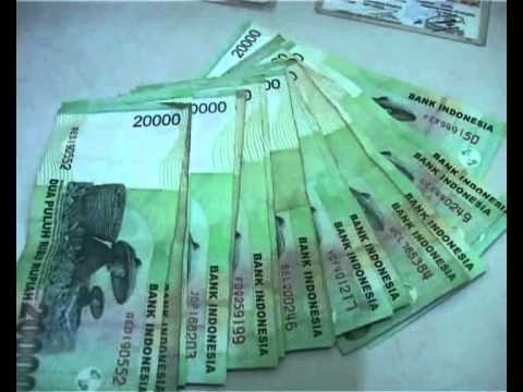 Money Politic Pilkada Tangsel.wmv