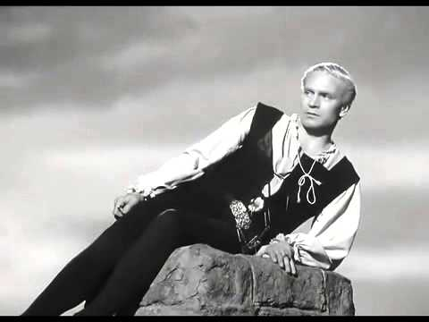 Hamlet - To be or not to be - Laurence Olivier - YouTube