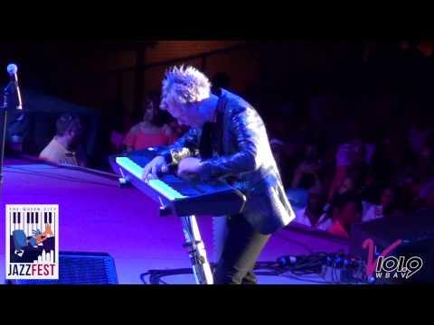 Brian Culbertson - The Secret Garden (Hot Piano Solo)