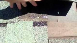 Ремонт крыши: переустановка битумной черепицы.(http://www.roofmagazine.net/bitumka/ Ремонт крыши: переустановка битумной черепицы. Установка битумной черепицы. Как монти..., 2011-10-10T19:54:57.000Z)