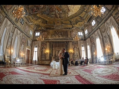 The most romantic  wedding vow renewal ceremony in Venice, Italy