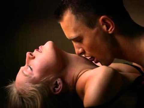Поцелуй груди фото