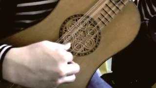 西垣林太郎氏によるバロックギターの演奏