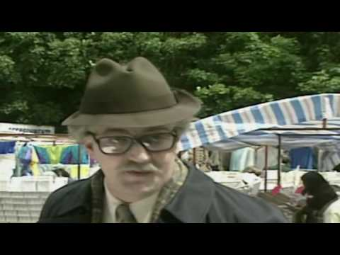 A Bit of Fry and Laurie S03E02   Petrol Attendants  (9 links)  1992-01-16