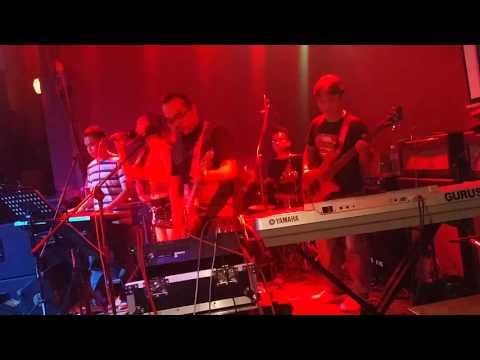 Suara asung(live)@Tribes Pub&Lounge - The Gurus_ft_ShashaZigZag