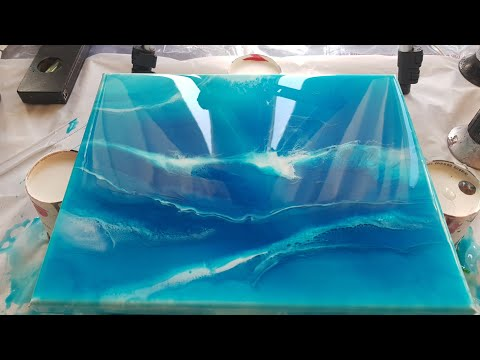 Resin art/ easy project for beginners using only 2 pigments/ tutorial