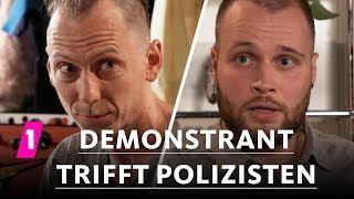 Demonstrant trifft Polizisten | 1LIVE Ausgepackt - Folge 6: Demo