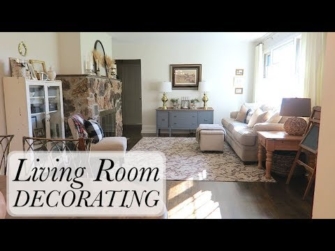 Decorating My Living Room for Cheap or FREE - YouTube