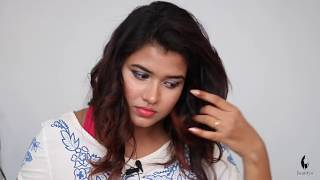 How to Curl Your Hair with Straightner (Hindi)
