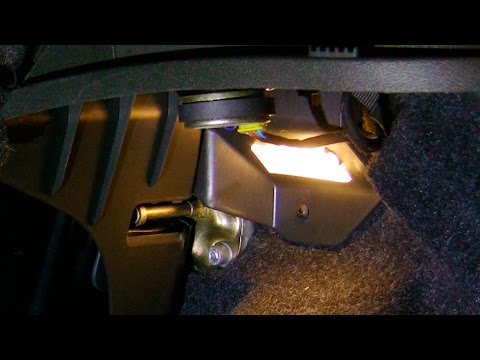 Simple how to: Upgrade Fiat Punto boot light, with LED ...