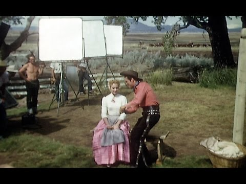 Behind the Scenes of OKLAHOMA!