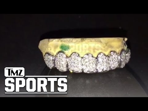 Denver Broncos Corner- New Season, New Grill...Check Out My Diamond Smile!! | TMZ Sports
