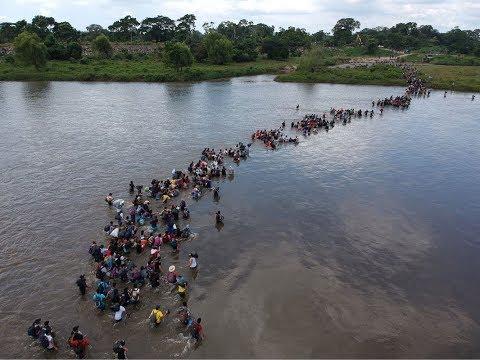 أول #قافلة من #مهاجري دول#أمريكا الوسطى تصل الحدود الامريكية  #بي_بي_سي_ترندينغ  - نشر قبل 3 ساعة