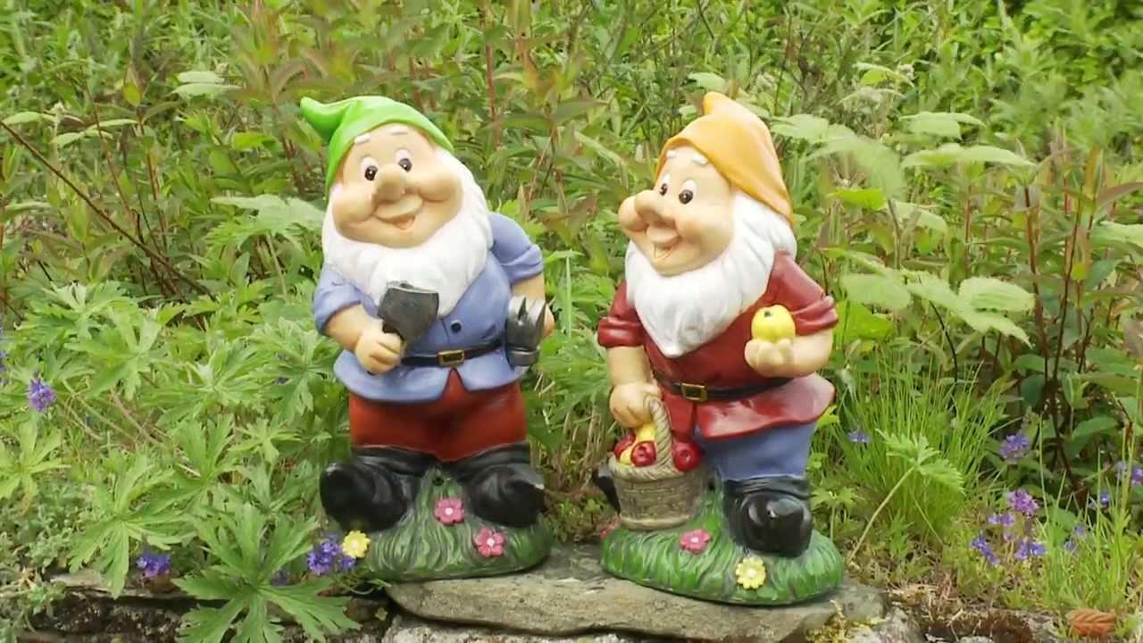 Gnome In Garden: Funny Garden Ornament