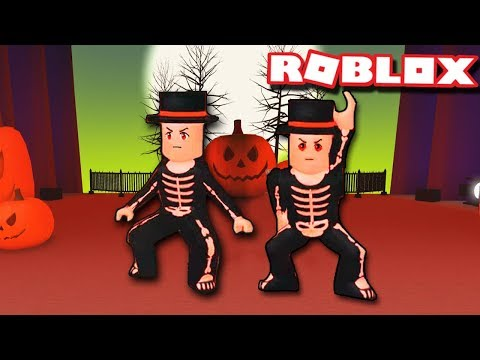 SPOOKY SCARY SKELETONS DUO ROUTINE  Dance Your Blox Off Halloween  Freestyle