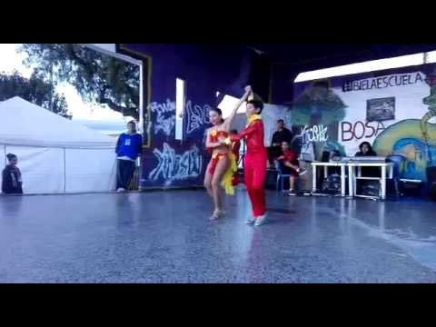 Santiago y Georgia pareja salsa cabaret