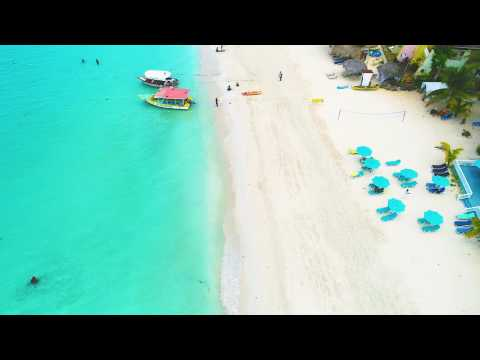 10 minute flight along the 7 Mile Beach in Negril, Jamaica