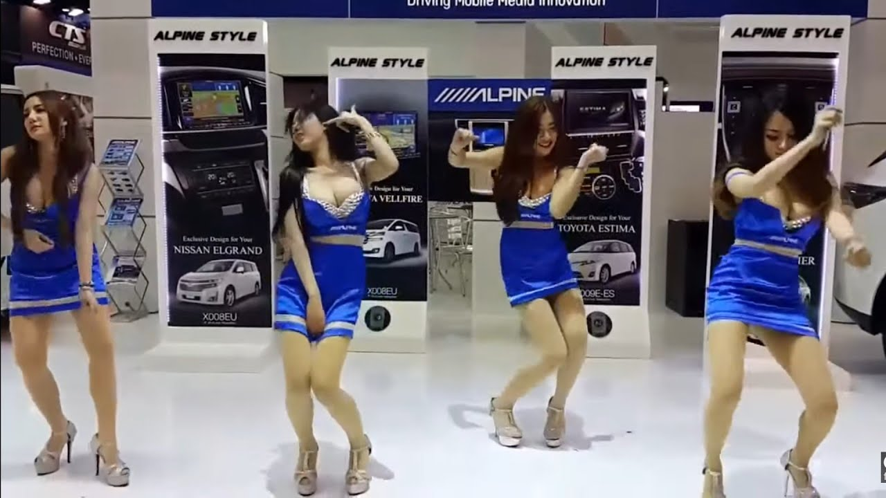 The Most Beautiful Girl Dance at Car Show