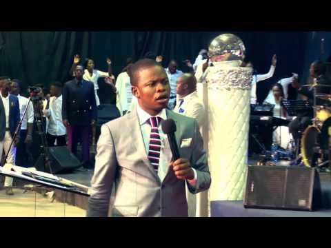 Angels appears in Church during a LIVE Service Prophet Shepherd Bushiri www.Major1.org