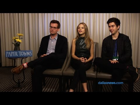 'Paper Towns' interview -- John Green, Halston Sage and Nat Wolff